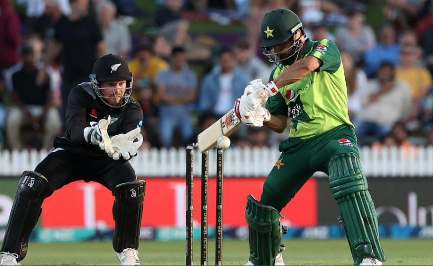 PakvsNZ 2nd T20I: Hafeez blistering 99* is a new record