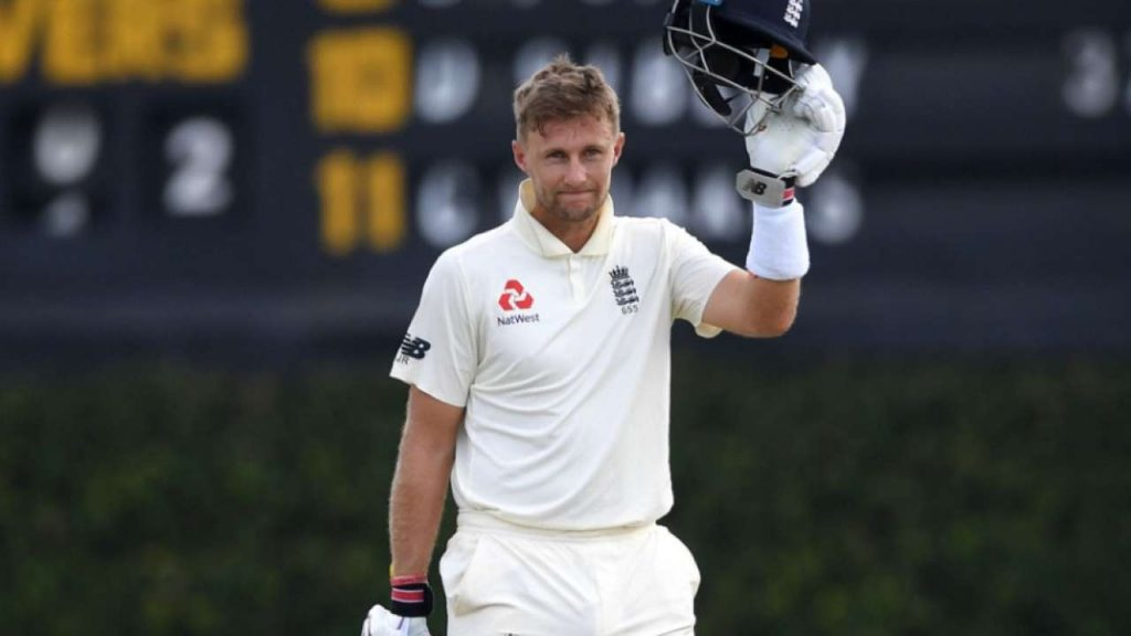Who is the first cricketer to smash 200 on 100th Test?