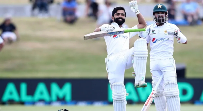 PCB finally favors Fawad Alam on its long-term cricket plans