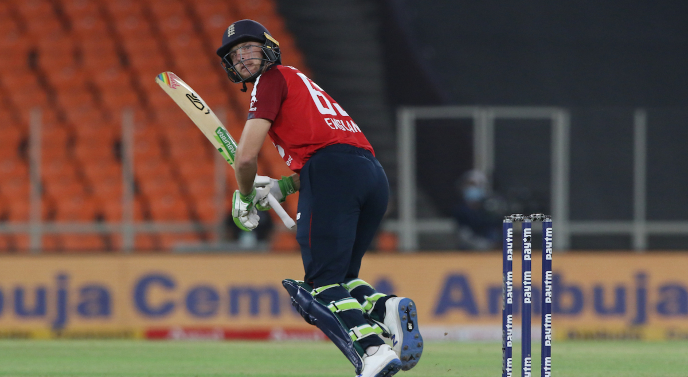 Which wicketkeeping batsman has the most number of T20I sixes? Check here
